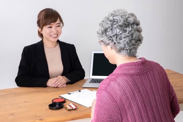 終活アドバイザーが高齢者から受ける相談とは? よくある質問を解説