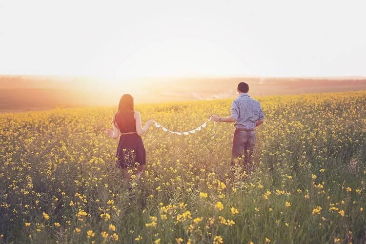 別れても好きな人とは復縁するべき?諦めるべき?悩みを今すぐ解決します